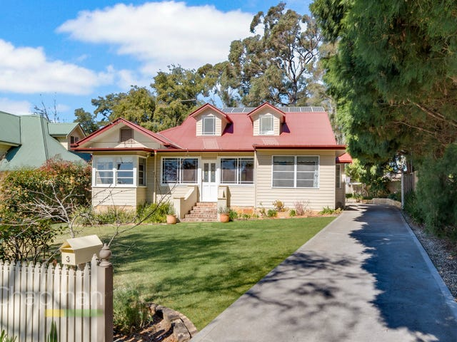 3 Baringa Street, Blaxland, NSW 2774