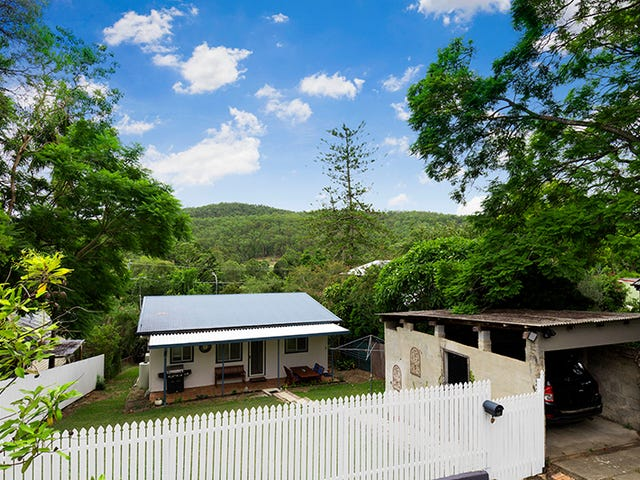 15 Nargong Street, The Gap, Qld 4061