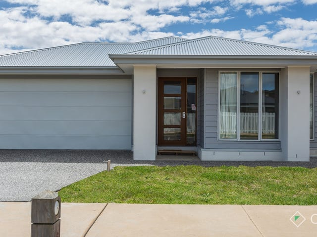 17 Macks Place, Safety Beach, Vic 3936