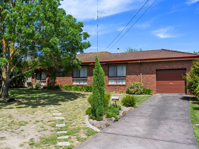 20 Hermitage Ave, Mount Clear, Vic 3350