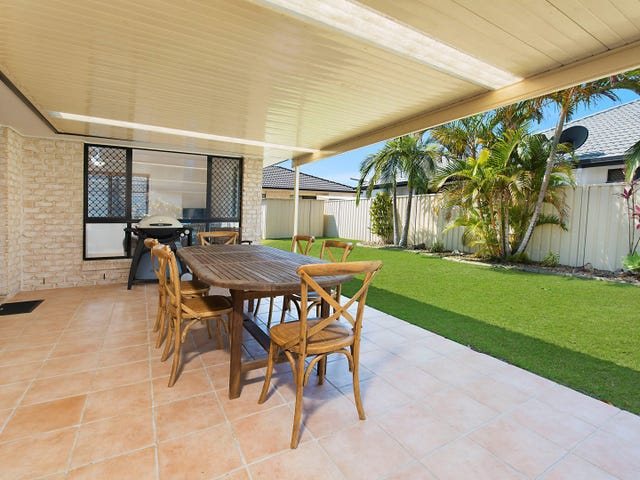 11 Pembroke Avenue, Pelican Waters, Qld 4551