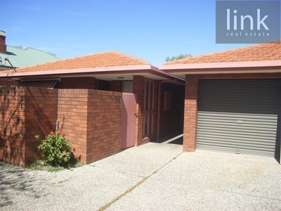 2/451 Guinea Street, Albury, NSW 2640