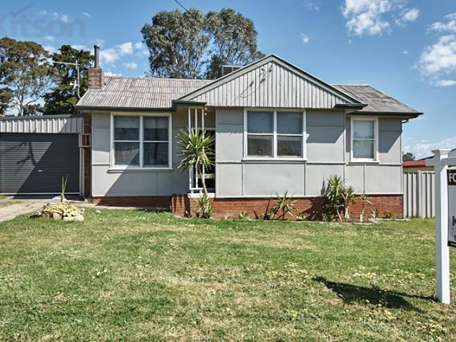6 Fernleigh Road, Mount Austin, NSW 2650
