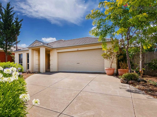 35 Hunts Cross Way, Caroline Springs, Vic 3023