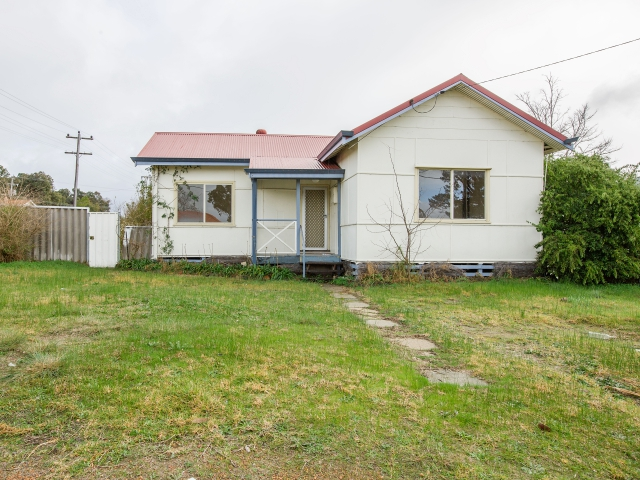 21 Atkinson Street, Collie, WA 6225