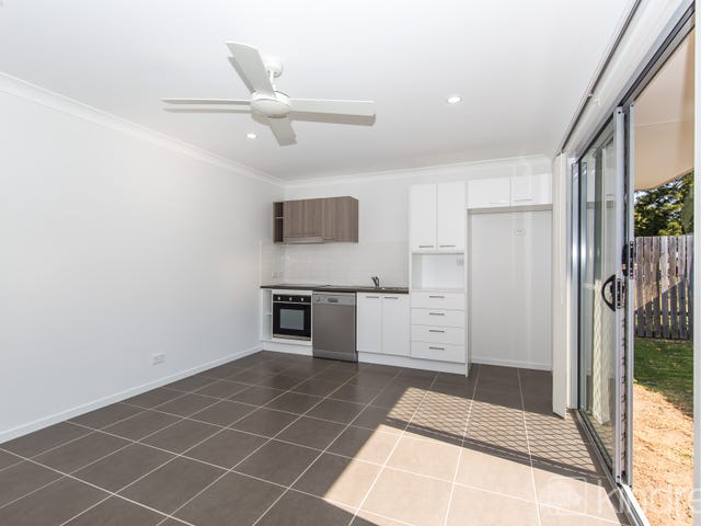 2/24 Awoonga Cres, Morayfield, Qld 4506