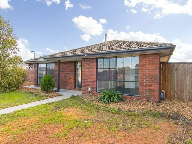 19 Strathaird Drive, Narre Warren South, Vic 3805