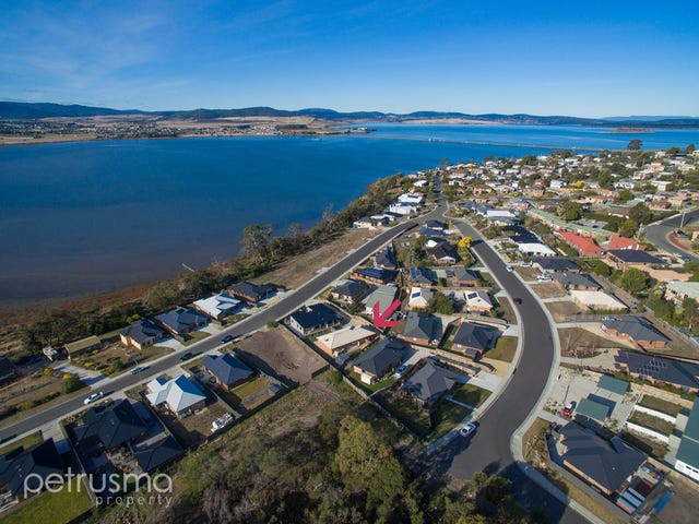52 Esplanade, Midway Point, Tas 7171