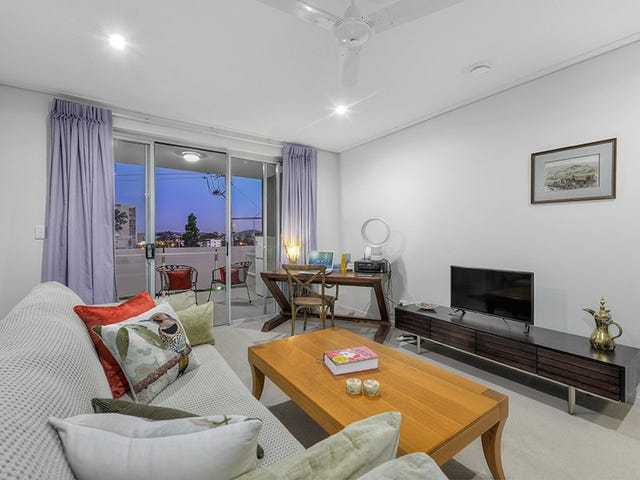 104/85 O'Connell Street, Kangaroo Point, Qld 4169