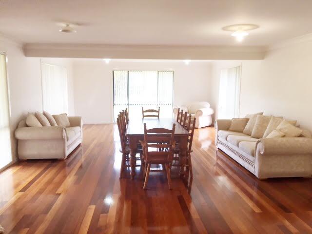 15 Davies Place, Picton, NSW 2571