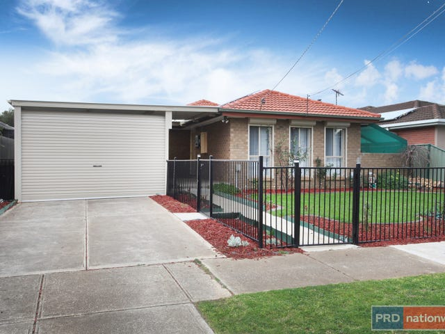 18 Monash Street, Melton South, Vic 3338