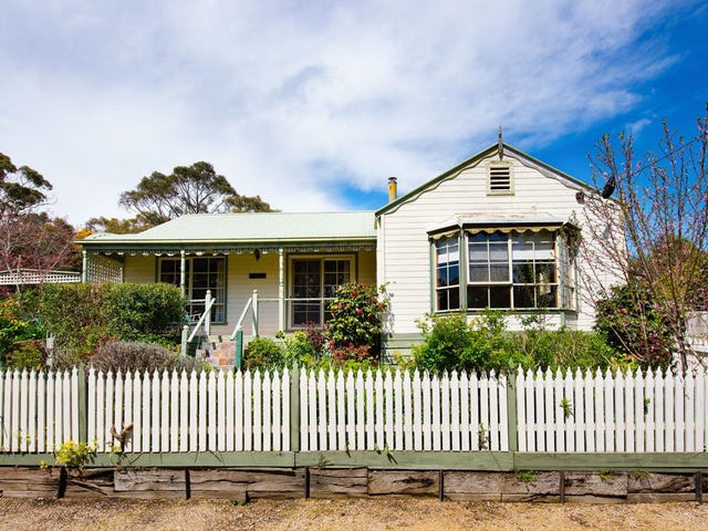2 Hillview Road, Daylesford, Vic 3460