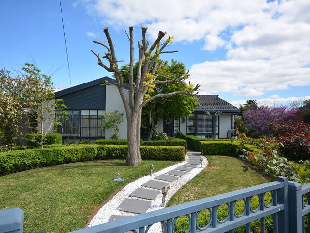 5A White Court, Meadow Heights, Vic 3048