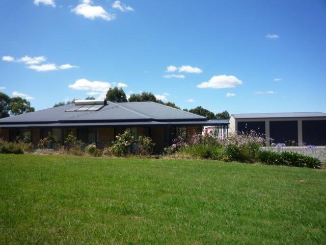 3 Wallenberg Court, Devon North, Vic 3971