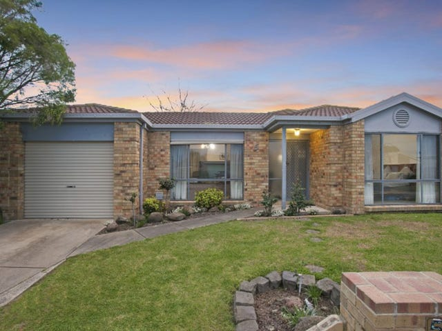 5 Coriyule Court, Cranbourne North, Vic 3977
