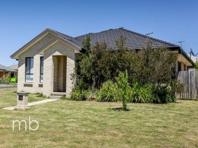 130 Diamond Drive, Orange, NSW 2800