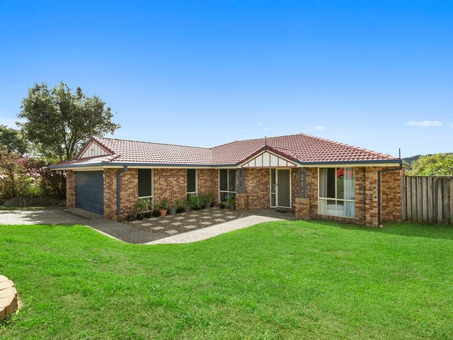 15 Easter Crescent, Pacific Pines, Qld 4211