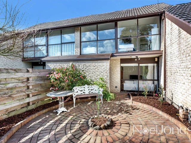 Mentone, address available on request
