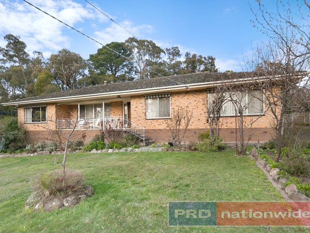 203 Eddy Avenue, Mount Helen, Vic 3350