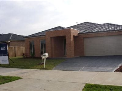 174 Linsell Boulevard, Cranbourne East, Vic 3977
