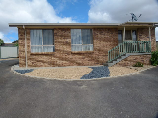 2/33 Lawrence Drive, Devonport, Tas 7310