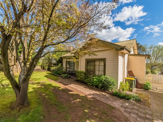 48 Church Street, Drouin, Vic 3818