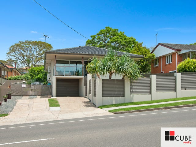 8 Cresthaven Dr, Mansfield, Qld 4122