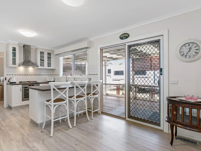 38 Spring Road, Junction Village, Vic 3977