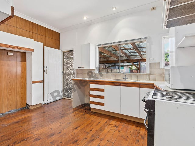 131 Russell Avenue, Dolls Point, NSW 2219