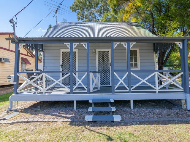 19 Smith Street, North Ipswich, Qld 4305