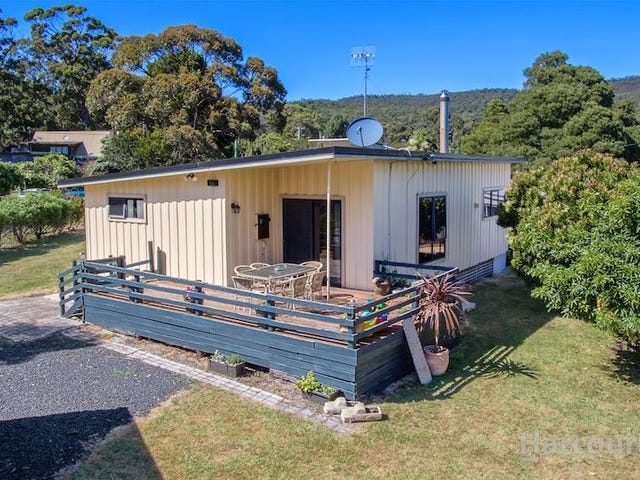14 Bridge Street, Sisters Beach, Tas 7321