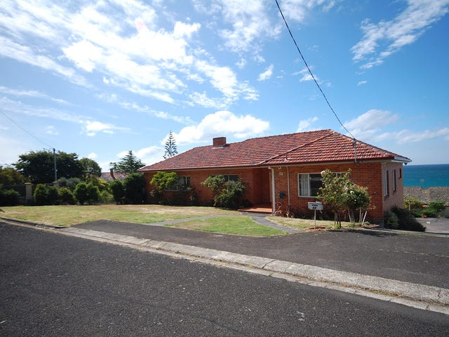 16 Bay Street, Parklands, Tas 7320