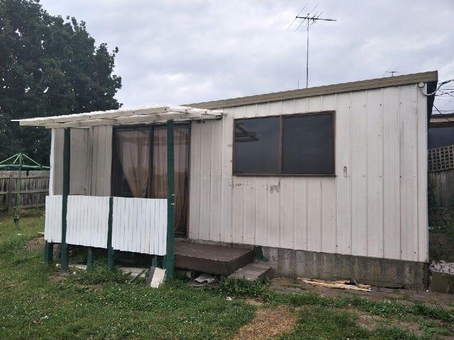 15a Myrtle Grove, Doveton, Vic 3177