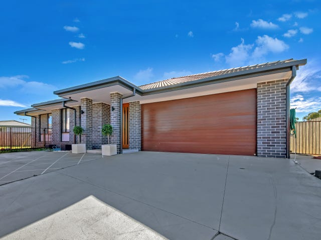 18 Junction Road, Griffin, Qld 4503