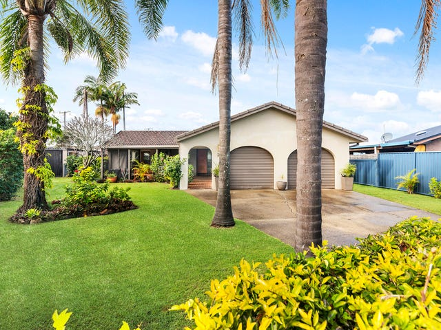 20 Barklya Place, Palm Beach, Qld 4221