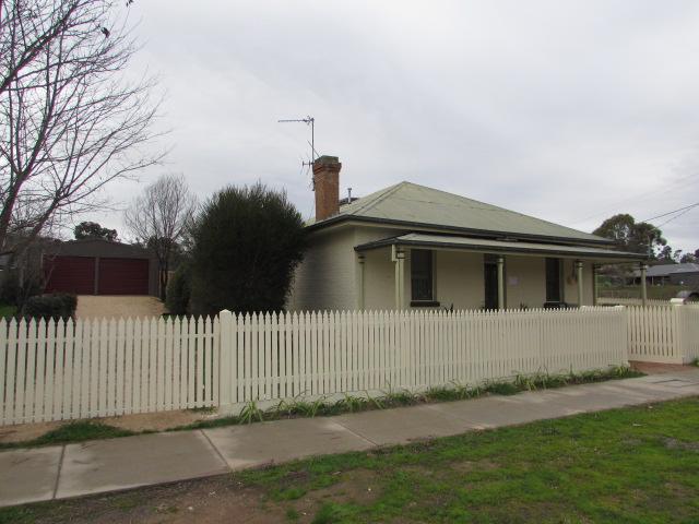 29 Main Road, Campbells Creek, Vic 3451