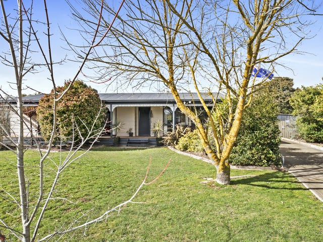 10 Clifton Drive, Lancefield, Vic 3435
