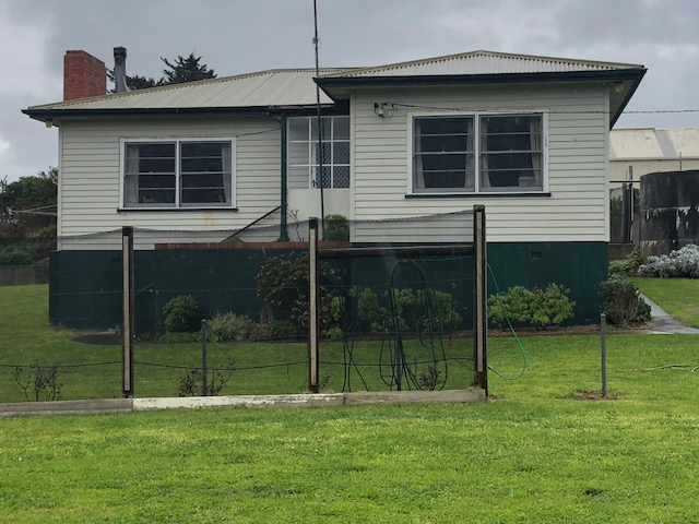 11A Meech Street, Currie, Tas 7256