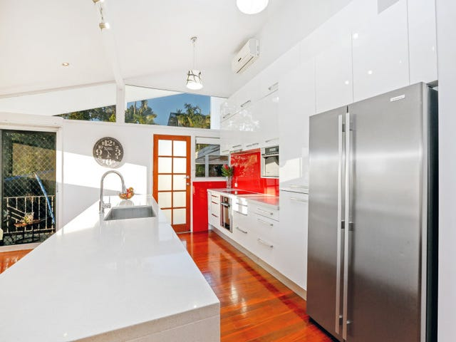 166 Bapaume Road, Holland Park West, Qld 4121