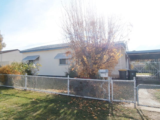 28 Alamein Walk, Bathurst, NSW 2795