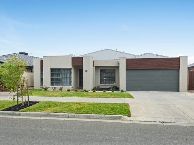 30 Kirby Avenue, Canadian, Vic 3350