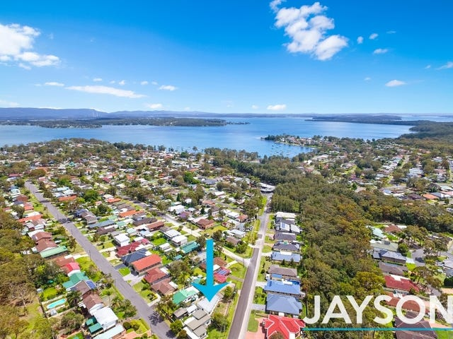 13 Illawong Road, Summerland Point, NSW 2259