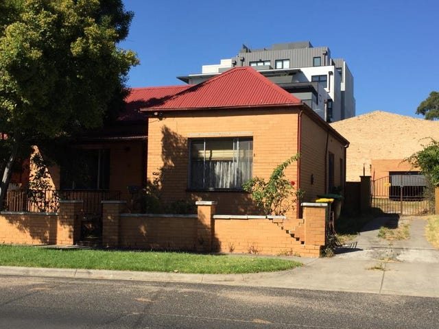 30 Flower Street, Essendon, Vic 3040