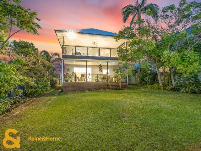 15 Seaville Avenue, Scarborough, Qld 4020