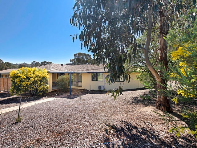 2 Marsh Place, Melba, ACT 2615