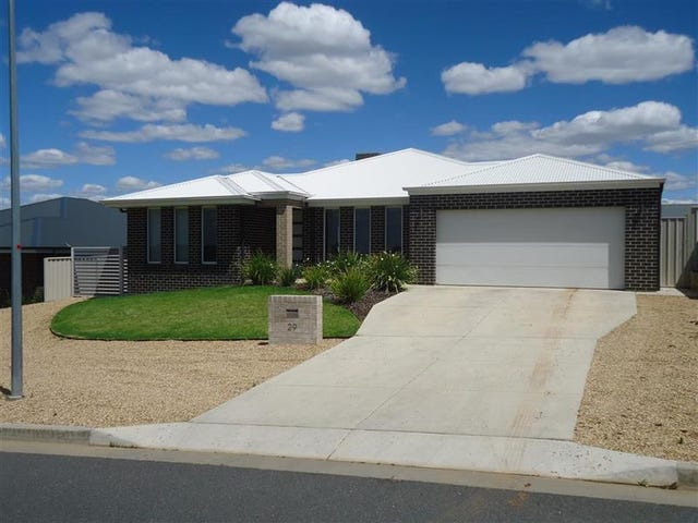 29 Alma Cres, Estella, NSW 2650