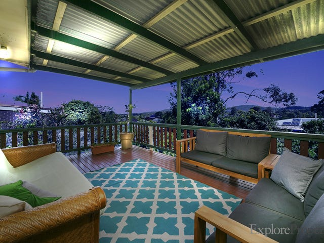 215 Patricks Road, Ferny Hills, Qld 4055
