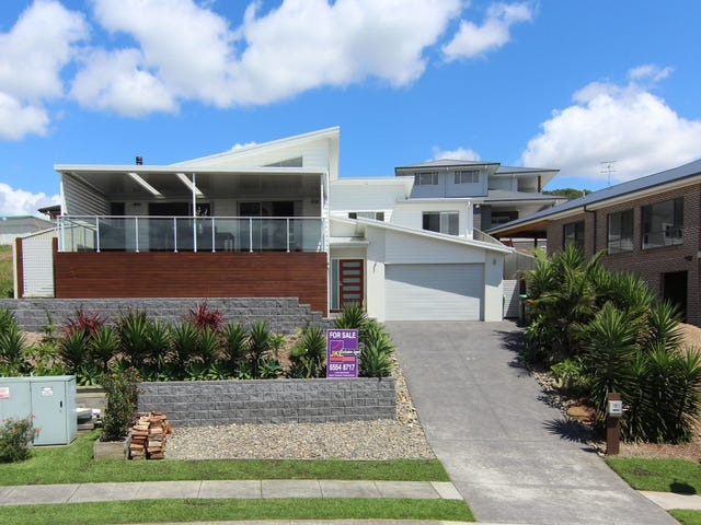 13 Manara Crescent, Forster, NSW 2428