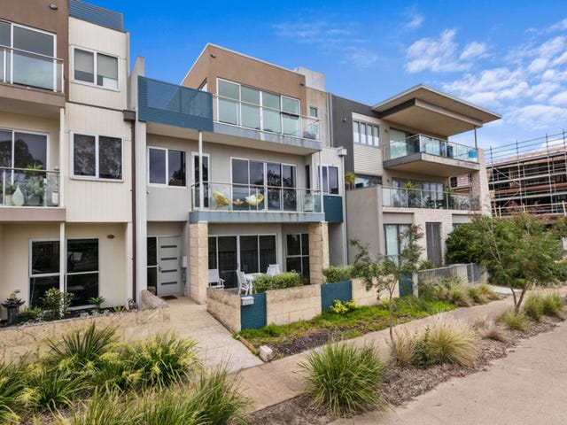 16 The Cove, Safety Beach, Vic 3936