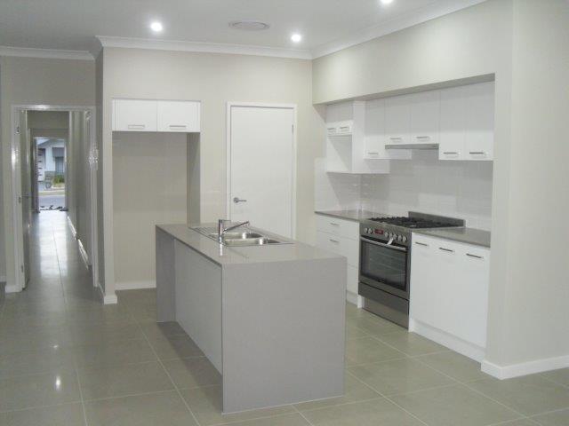 38 De Lauret Street, Renwick, NSW 2575
